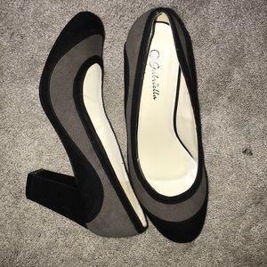 Black high heels 👠